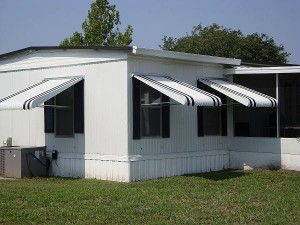 clamshell aluminum awnings