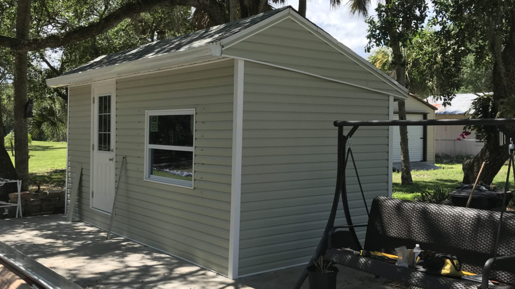 mobile home vinyl siding project complete