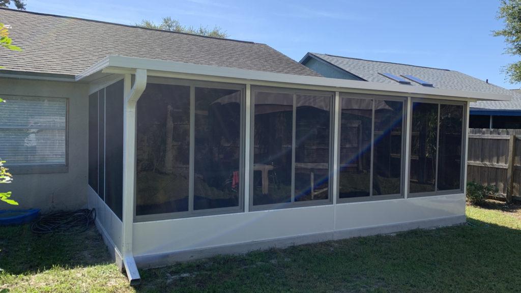 screen room with acrylic windows 2