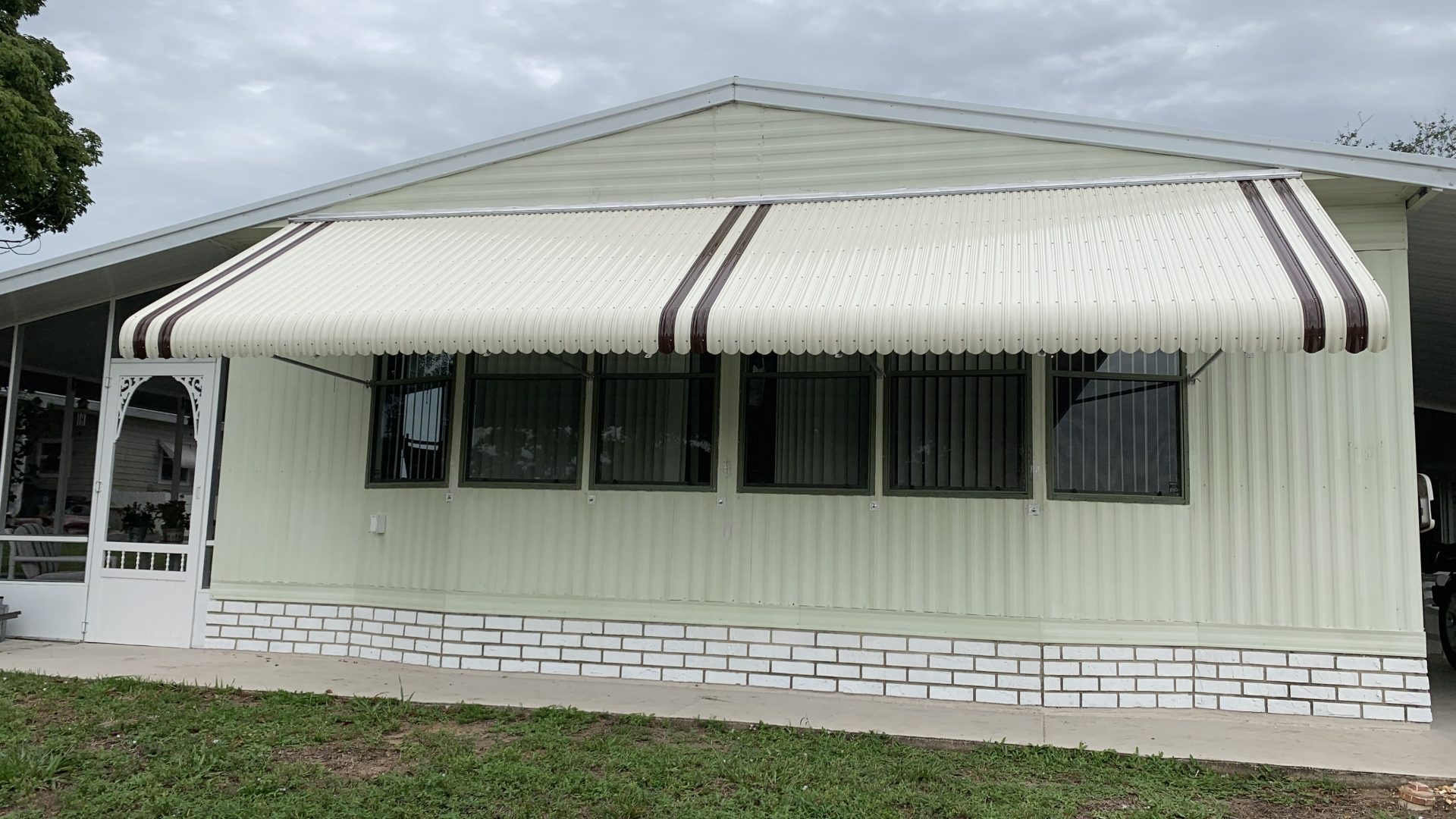 custom 20 foot awning complete