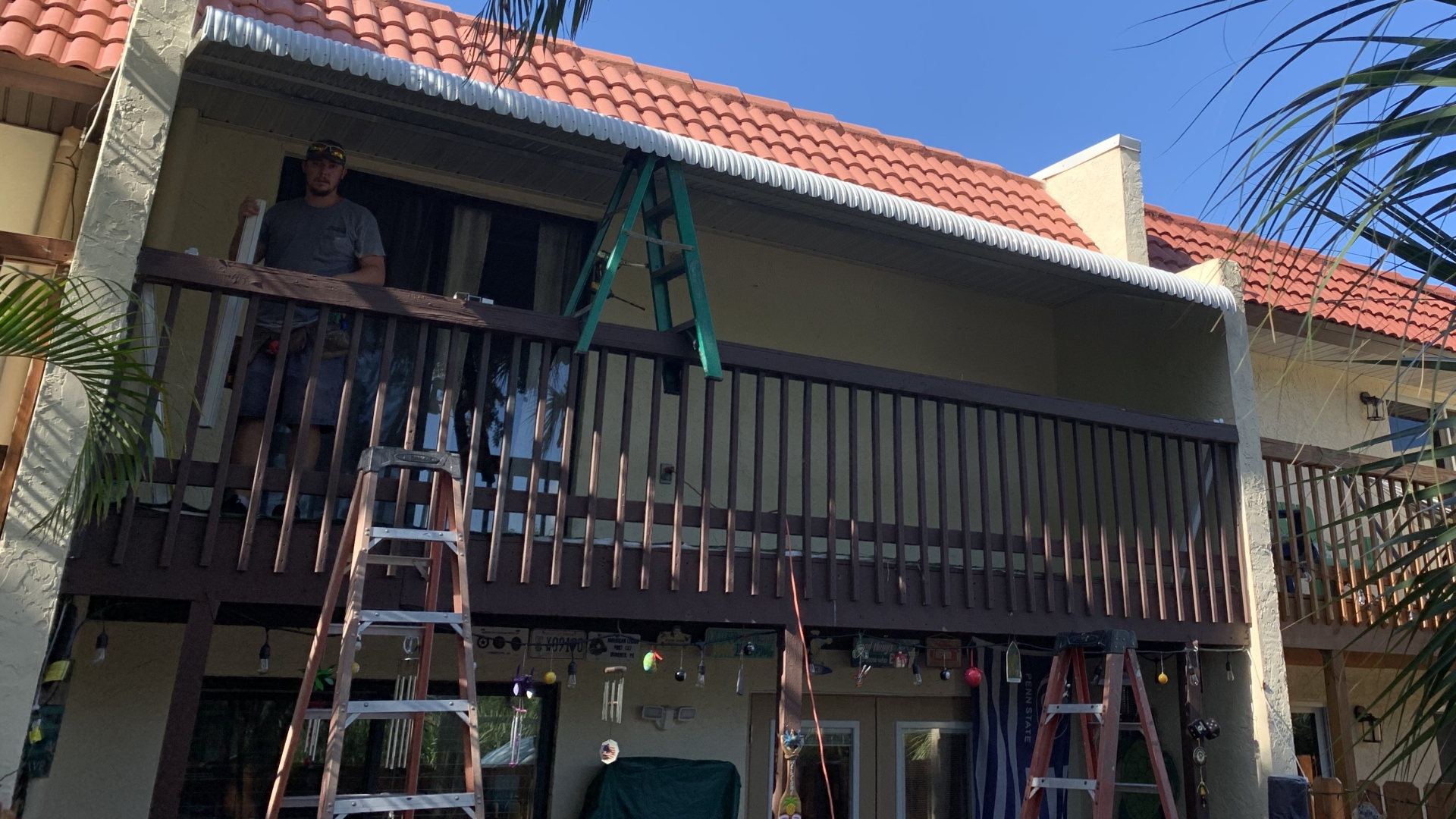 custom aluminum balcony awning 1