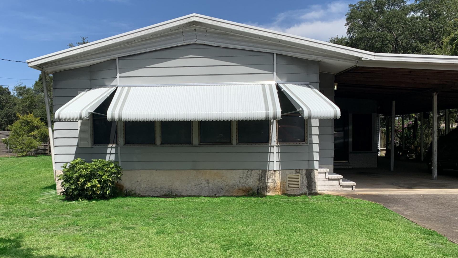 custom 6 window aluminum awnings